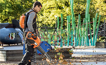 Battery Powered Blowers from Husqvarna